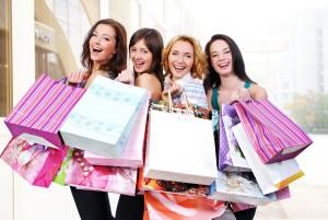 women-spend-more-money-when-shopping-together